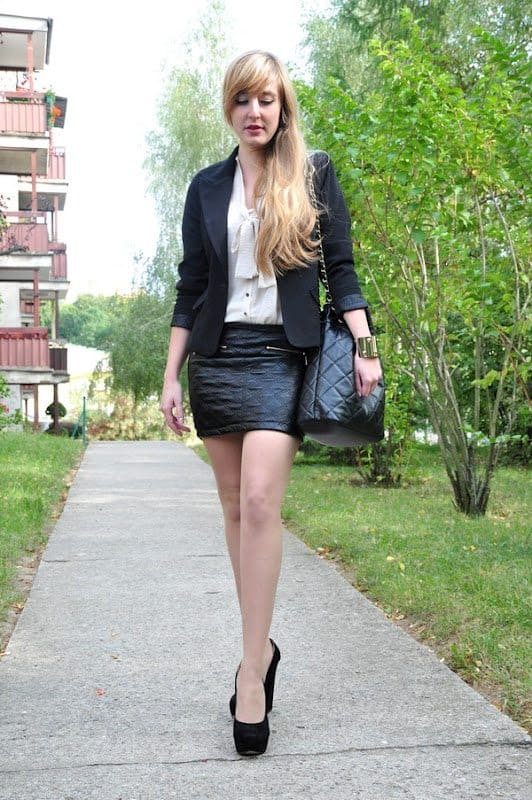 Leather skirt and sammydress blazer