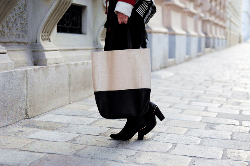duży shopper bag dwukolorowy beżowy czarny choies prosta torba