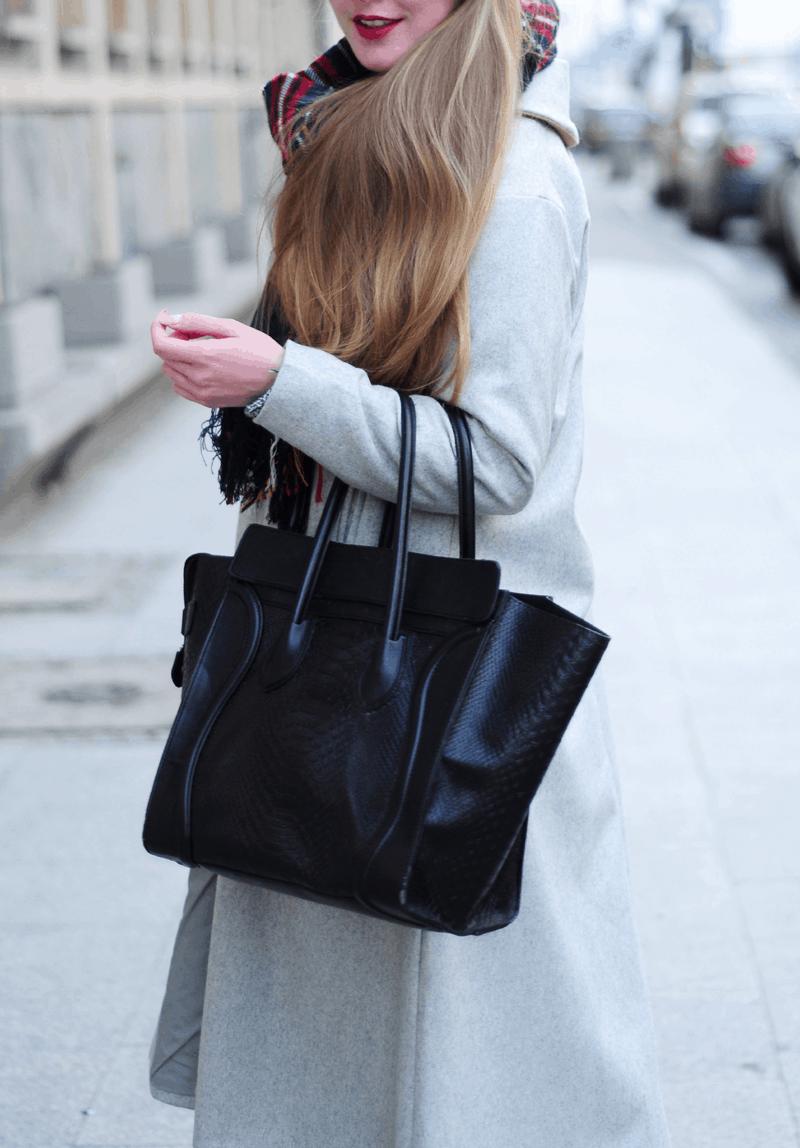 czarna trapezowa torba minusey modna street blogerki