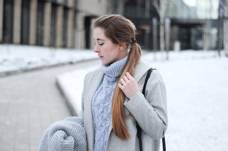 szary miękki sweter z golfem sheinside