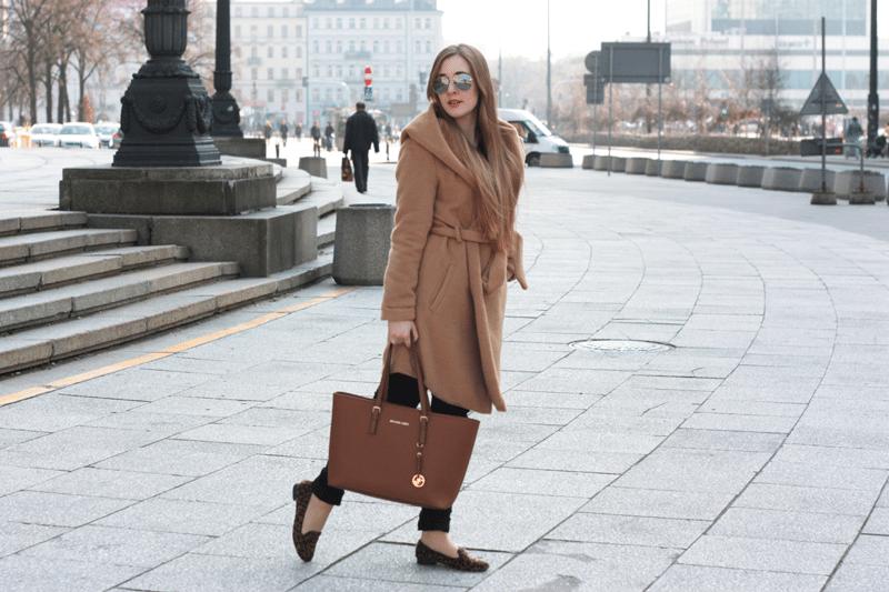ootd camelowy płaszcz sheinside