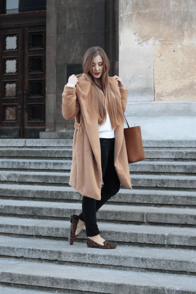 ootd szlafrokpowy camalowy płaszcz stylizacja blogerki
