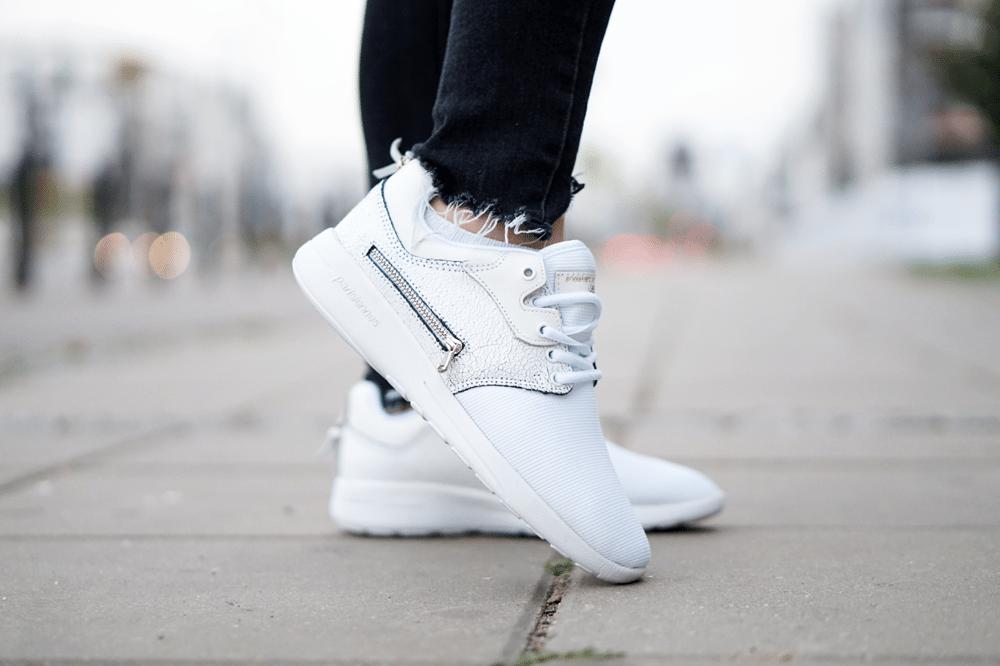 """DNR Desert Sneakers w przykładowej, codziennej """"stylizacji"""""""