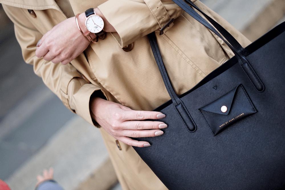 jesienna stylizacja z trenczem torba shopper marc by marc jacobs