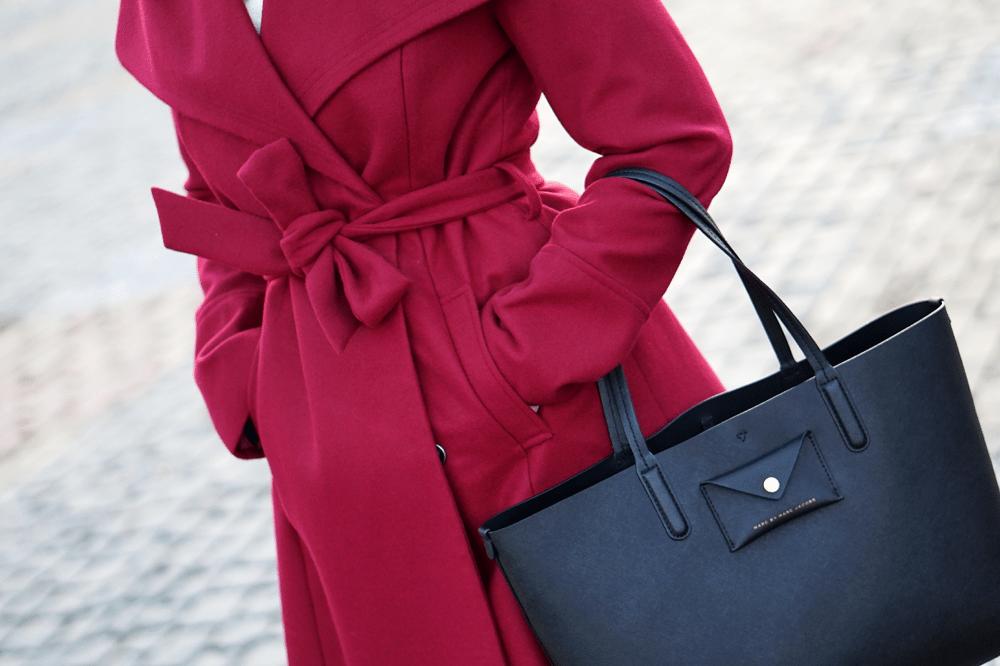 czerwony burgundowy płaszcz FF torba shopper marc jacobs