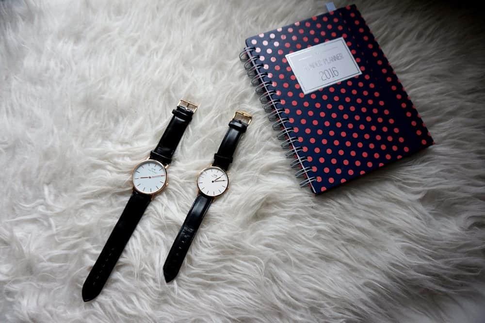 Porównanie oryginalnego zegarka Daniel Wellington Classic Sheffield z podróbką z Chin – czym się różni fejk od oryginału?