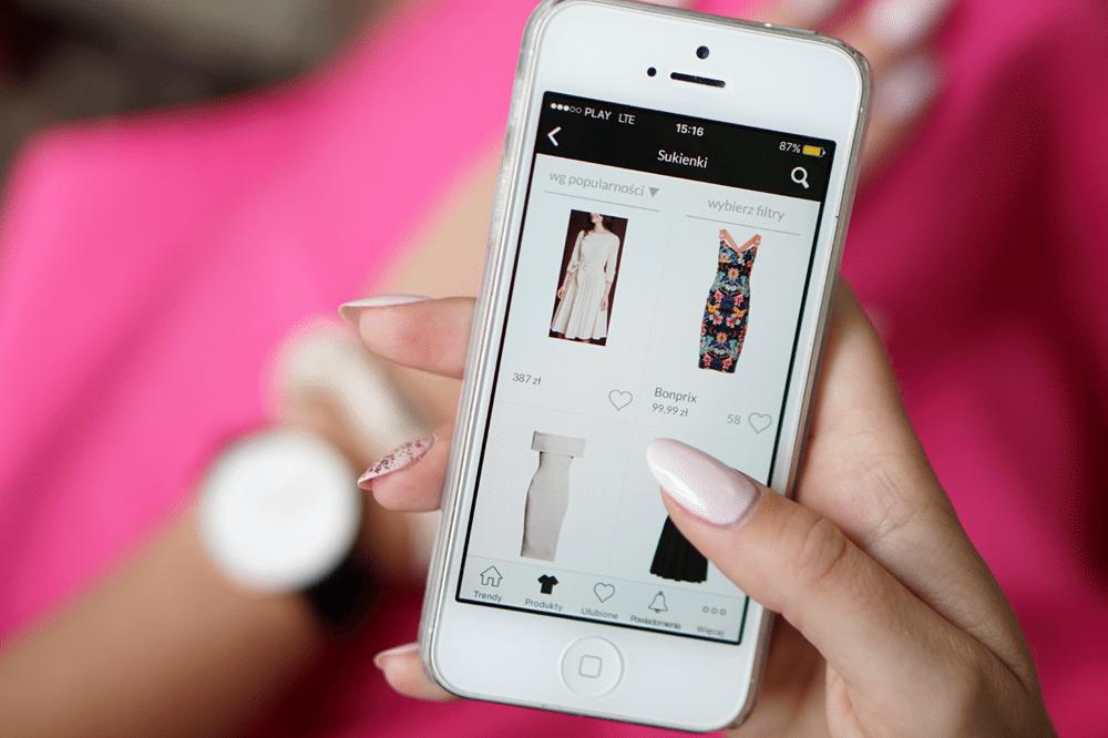 zakupy przez aplikację mobilną domodi trendy na jesień