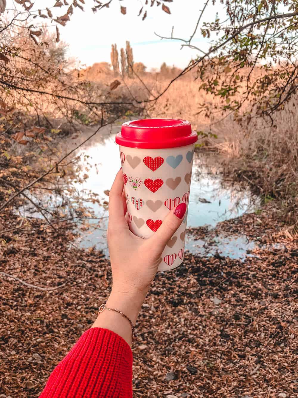 efekt latte oszczędzanie