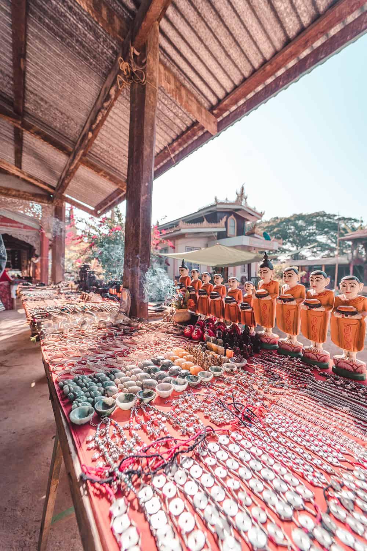 floating market inle lake